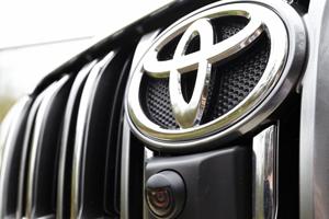 Toyota обошла BMW в списке самых дорогих автобрендов